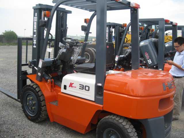 Xe nâng CPCD30- 3 tấn